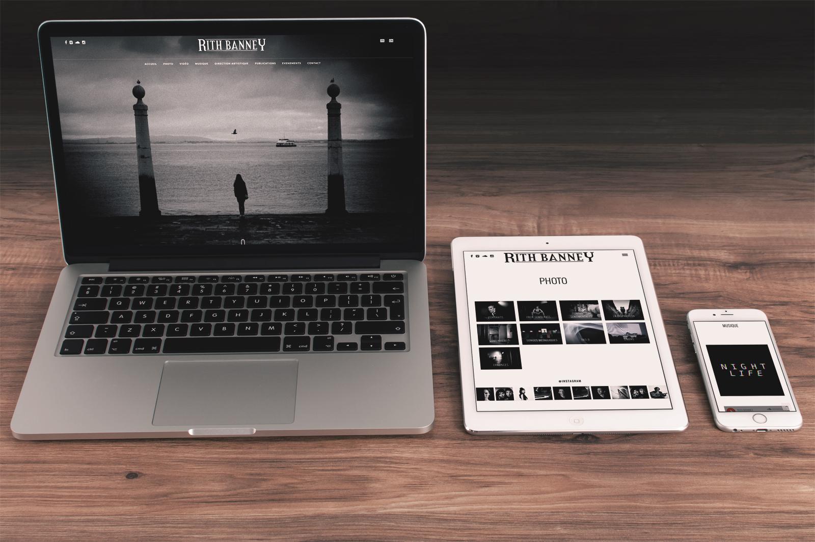 Réalisation du site officiel du photographe Rith Banney. Réalisation par le studio du flamant rose, Bordeaux